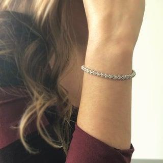 14KW Leaf Style Diamond Tennis Bracelet - 3 CTTW - White