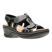 Women's Clarks Lexi Walnut Sandal Black Leather