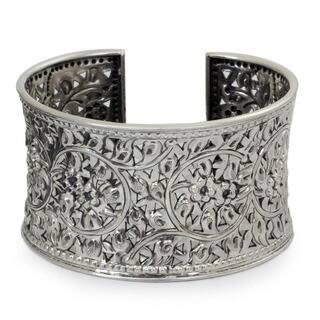 Antique Asian Lace Look Elaborate Floral Filigree Repousse Handmade 925 Sterling Silver Womens Cuff|https://ak1.ostkcdn.com/images/products/2460727/P10687369.jpg?impolicy=medium