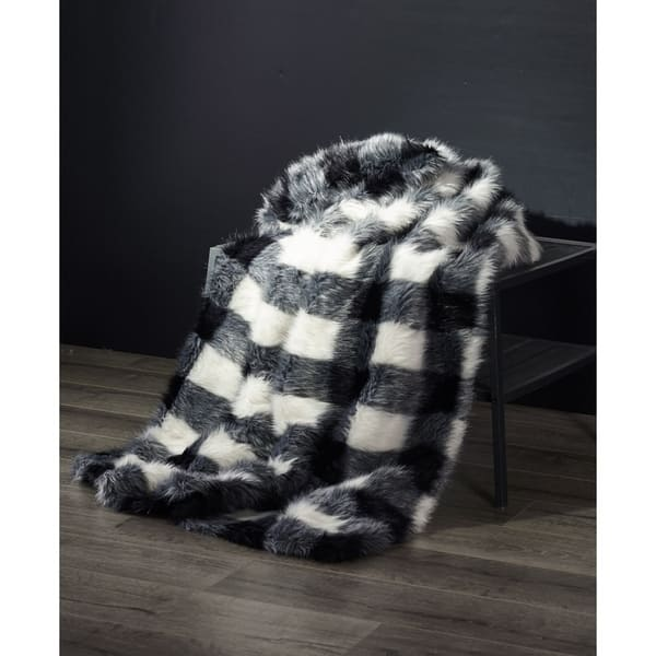 best loved 92aad 9acb3 Shop Buffalo Plaid Fauxfur Throw Blanket for Couch or Sofa ...