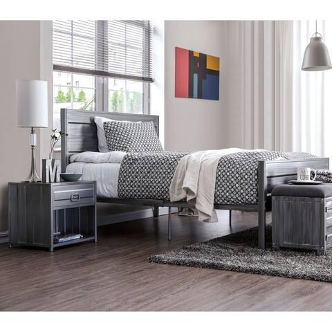 Albee Industrial Queen Hand-Brushed Silver 3-piece Platform Bed Set