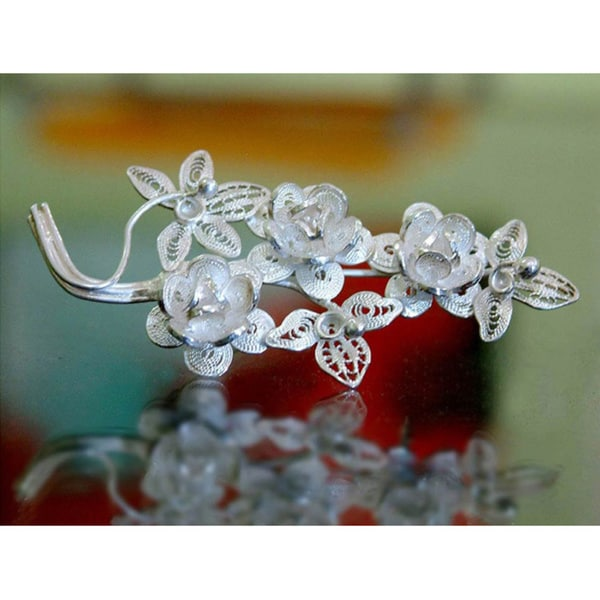 Handmade Eve's Bouquet Romantic Lace-like Flower Theme Vintage Sterling Silver Filigree Women's Brooch (Indon