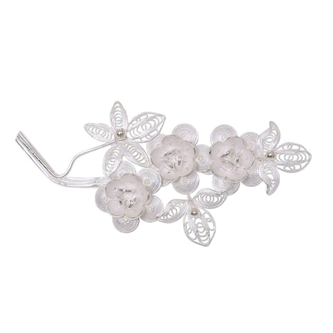 Handmade Eve's Bouquet Romantic Lace-like Flower Theme Vintage Sterling Silver Filigree Women's Brooch (Indonesia)