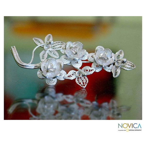 Eve's Bouquet Romantic Lace-like Flower Theme Vintage Sterling Silver Filigree Women's Brooch (Indonesia)
