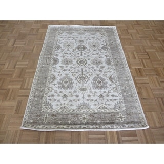 """Hand Knotted Ivory Bamboo Silk Oushak with Bamboo Silk Oriental Rug (3'11"""" x 5'10"""") - 3'11"""" x 5'10"""""""