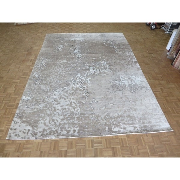 "Hand Knotted Gray Modern with Wool & Silk Oriental Rug (10'2"" x 14'2"") - 10'2"" x 14'2"""