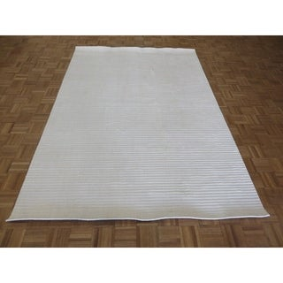 """Hand Knotted ivory Tibetan with Bamboo Silk Oriental Rug (6'2"""" x 9') - 6'2"""" x 9'"""