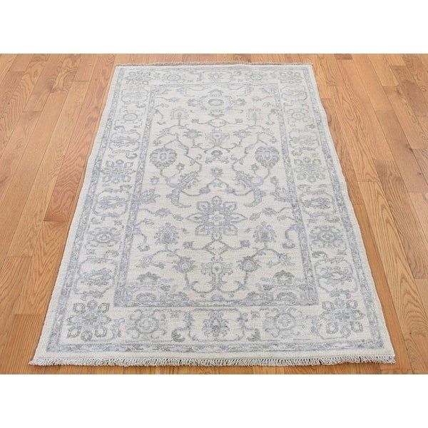 """Hand Knotted Ivory Oushak And Peshawar with Wool Oriental Rug (3'3"""" x 5') - 3'3"""" x 5'"""