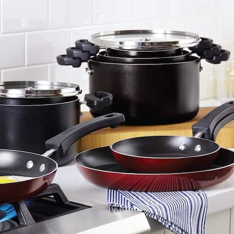Farberware Neat Nest Space Saving Aluminum Nonstick 6-Piece Cookware Set, Black