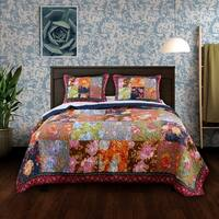 Barefoot Bungalow Desiree Authentic Patchwork Quilt Set