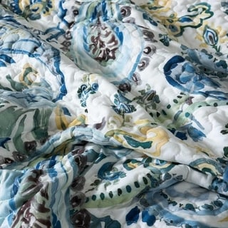 Watercolor Paisley Quilt Set