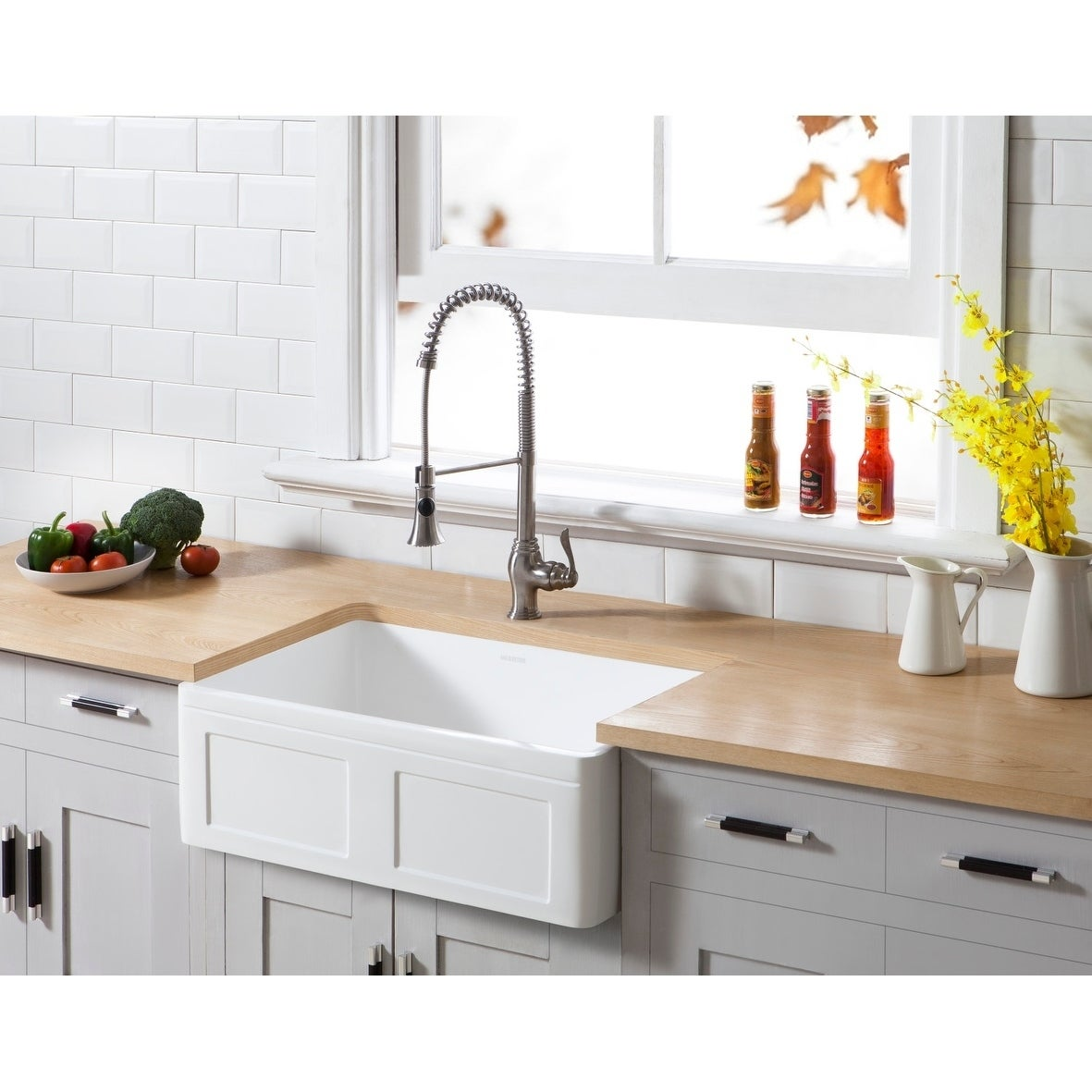 Farmhouse Solid Surface White Stone 30-inch Single Bowl Kitchen Sink - 30\