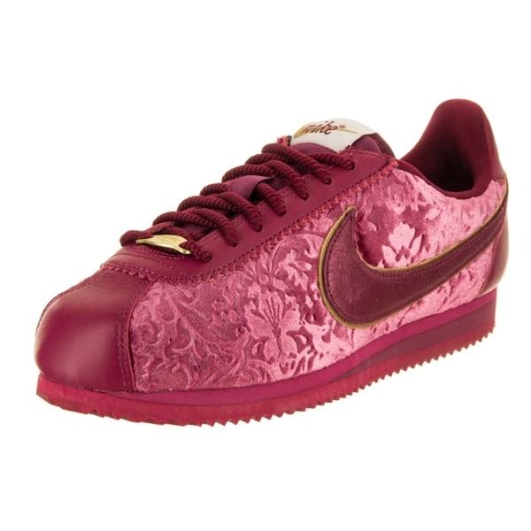 6f8fa9e5a162 Shop Nike Women s Classic Cortez SE Casual Shoe - Free Shipping ...