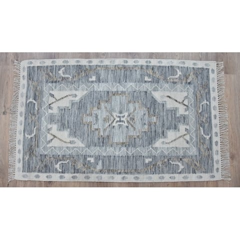 Handmade Kilim Blue Wool Rug (India) - 5'X8'