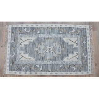 Handmade Kilim Blue Wool Rug (India) - 8'x10'