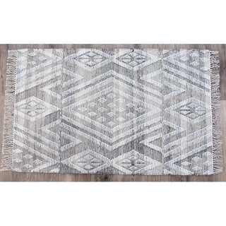 Handmade Kilim Sand Wool and Cotton Rug (India) - 8'x10'