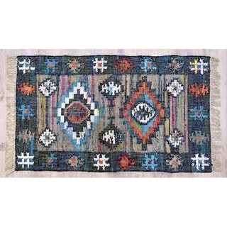 Handmade Teal and Coral Cotton Rug (India) - 5'X8'