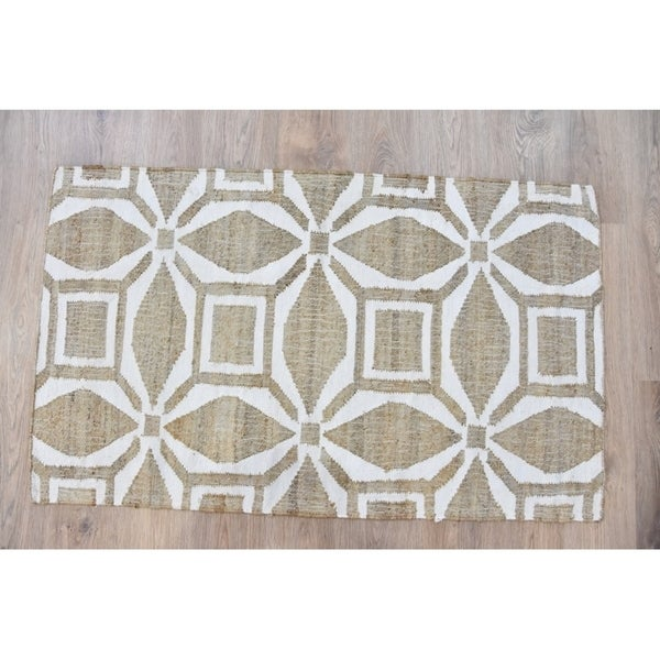 Handmade Geometric Cream Rug (India) - 8'x10'