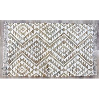 Handmade Kilim Beige Jute and Wool Rug (India) - 5'X8'