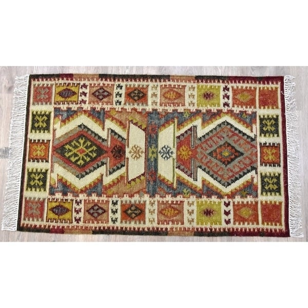 Handmade Kilim Rust Wool and Cotton Rug (India) - 5'X8'