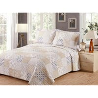 Emelia Cotton Shell Quilt Set