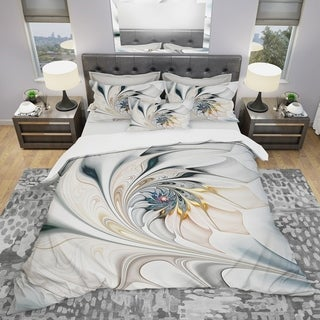 Designart 'White Stained Glass Floral Art' Modern & Contemporary King Size Duvet Cover Set (As Is Item)