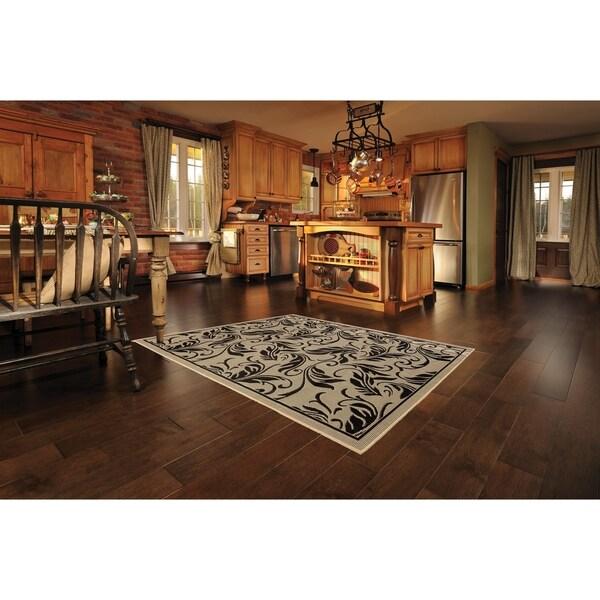 Breeze Beige/Black Indoor/Outdoor Flatweave Area Rug - 7'10 x 9'10