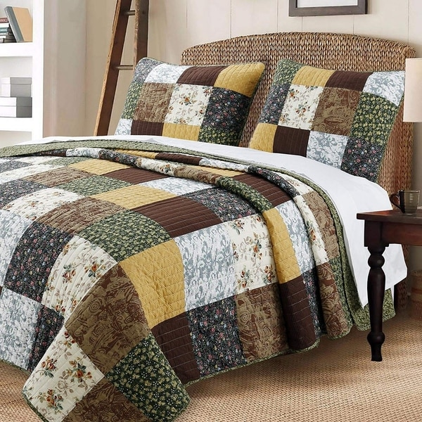 Cozy Line Andy Patchwork 3 Piece Reversible Cotton Quilt Set
