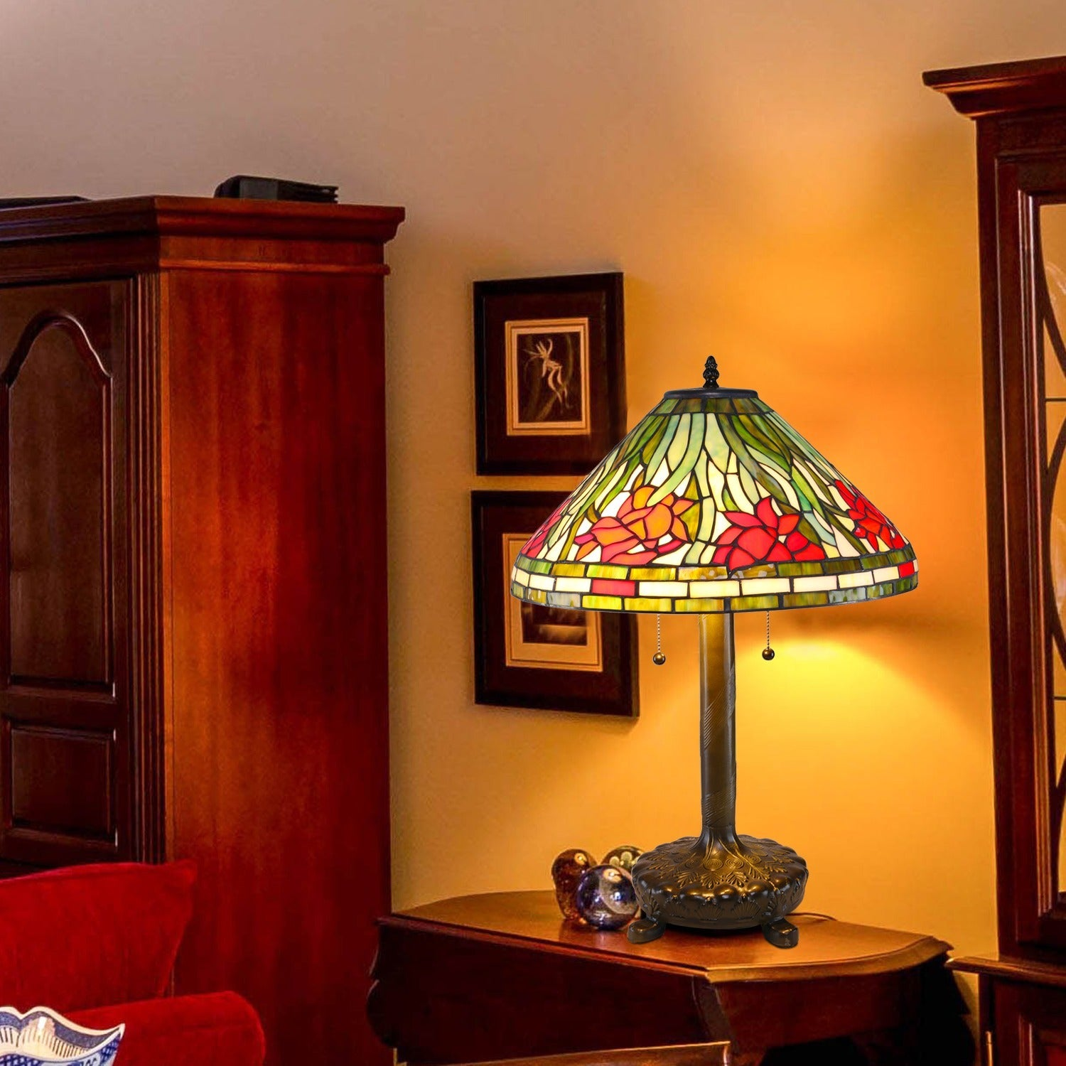Daffodil (Yellow) Tiffany Style Table Lamp (Dafodil Tiffa...