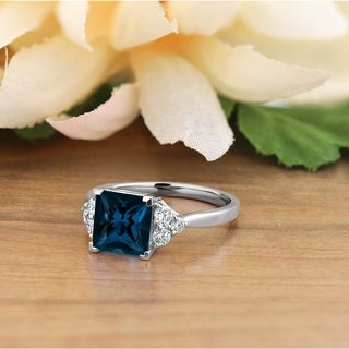 14KT Fancy 3 1/10ct Round London Blue Topaz and 1/3ct TDW Diamond Engagement Ring