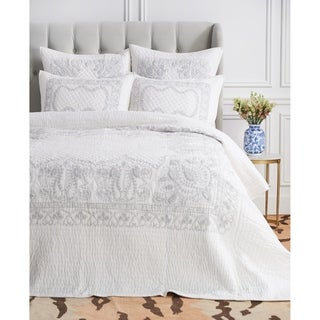 Asmee Hand Stitched White/ Gray Cotton Quilt (Shams Not Included)