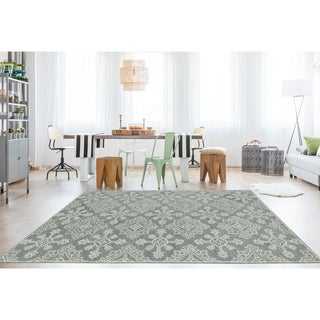 "Collingwood Transitional Grey/ Green Hand-Tufted Area Rug - 7'6"" x 9'6"""