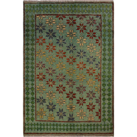 "Balouchi Arya Alissa Lime Green/Red Wool Rug (4'10 x 6'5) - 4'10"" x 6'5"""