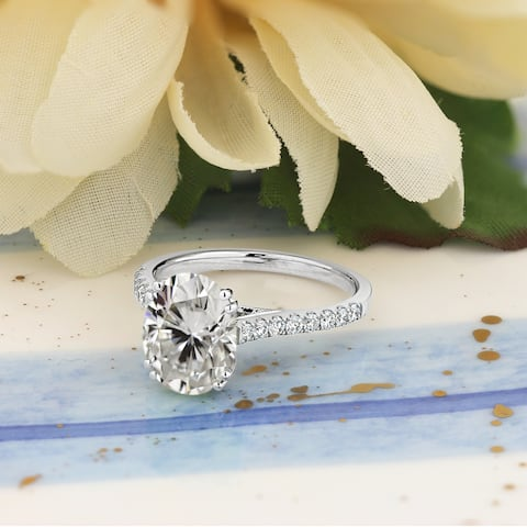 Auriya 2 1/4ct Oval Moissanite and 1/4ctw Diamond Engagement Ring 14k Gold