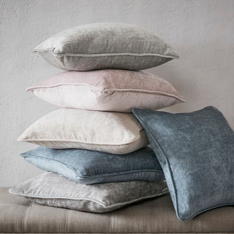 Intelligent Design Julian 18x18 Chenille Square Pillow Pair