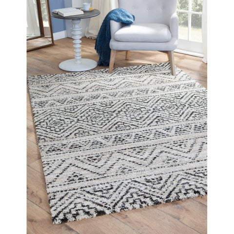 Trento Ivory/Black Area Rug by Greyson Living