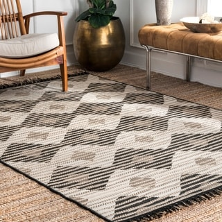 The Curated Nomad Brannan Grey Casual Indoor/Outdoor Geometric Striped Diamond Area Rug