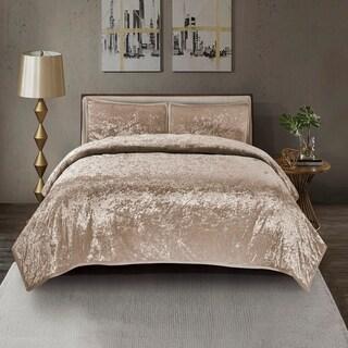 Mystique Velvet Quilt Set in Gold
