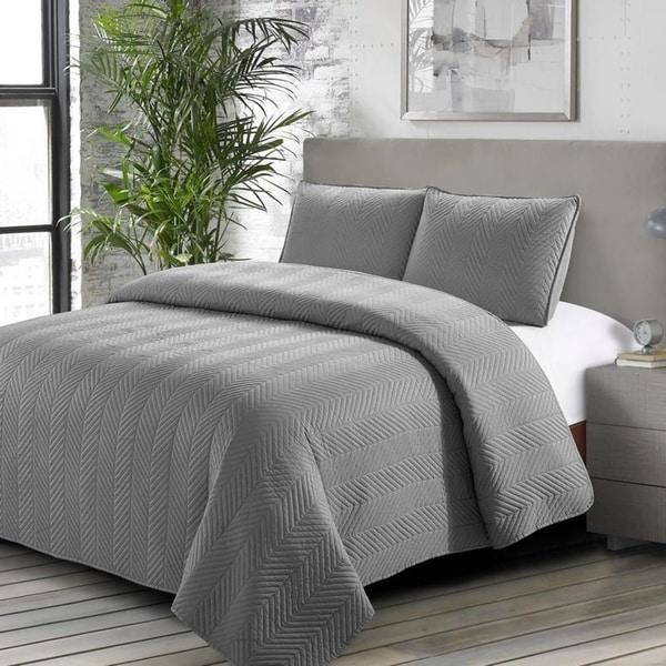 Caprice Quilt Set Gray - Machine Washable - Includes 1 Quilt + 2 Shams - Queen