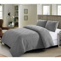 Belissa Quilt Set Gray -Machine Washable - Includes 1 Quilt + 2 Shams - Queen