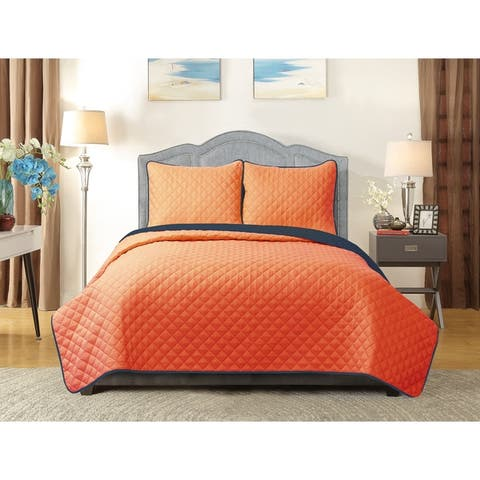 Home Collections University Pride 3-piece Quilt Set