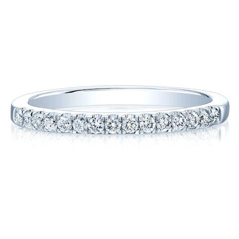 14K White Gold Round Cut Diamond (0.21 ct. t.w) Wedding Band, Size 7