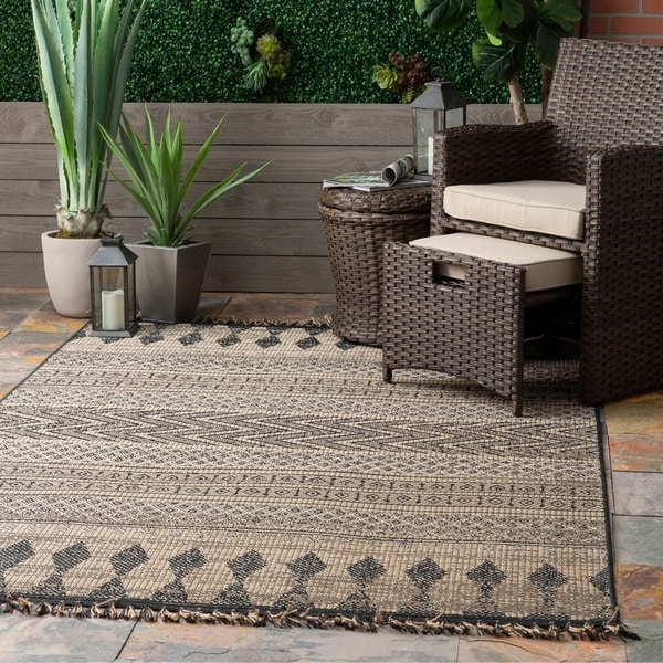 The Curated Nomad Brannan Grey Tribal Abstract Geo Chevron Indoor/Outdoor Tassel Area Rug