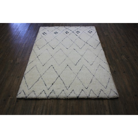 "White Contemporary 8x11 Area Rug - 7'6"" x 10'3"""