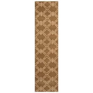 Handmade Trellis Wool Rug (India) - 2'6 x 9'10