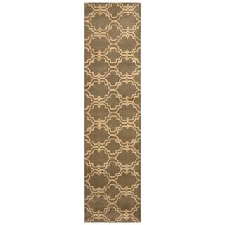 Handmade Trellis Wool Rug (India) - 2'6 x 9'9