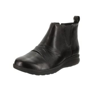 Clarks Women's Un Adorn Black Leather Mid Boot