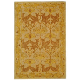Safavieh Handmade Anatolia Oriental Traditional Beige/ Gold Hand-spun Wool Rug (4' x 6')