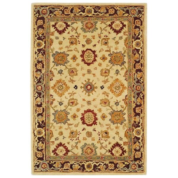 Safavieh Handmade Heirloom Ivory Wool Rug (5' x 8')