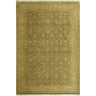 Pak-Persian Rebekah Lt. Green/Lt. Gold Wool Rug (10'2 x 14'3) - 10 ft. 2 in. x 14 ft. 3 in.